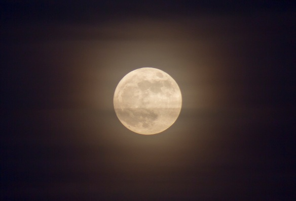 Super Moon over Leeds 6th May 2012