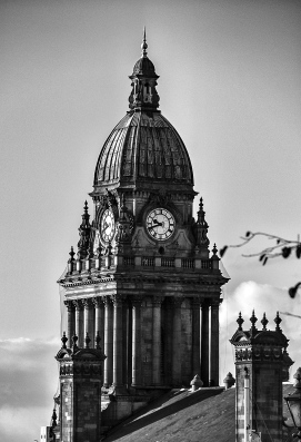 The Leeds Town Hall 1 © Carl Milner 2012