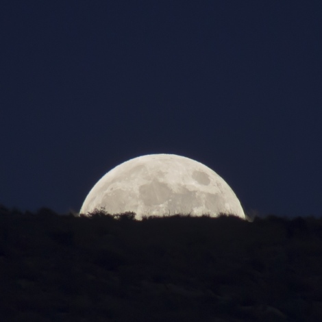The 3rd and final 2014 Supermoon over Mazarrón in Spain