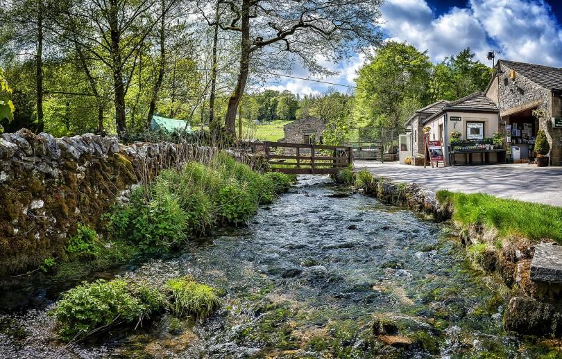 Kilnsey Beck © Carl Milner 2015