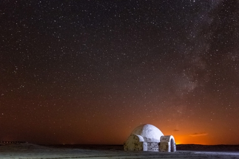 A glittering nighttime view of the Lars homestead Chott El-Jerid Tunisia _ Star Wars Tatooine Location