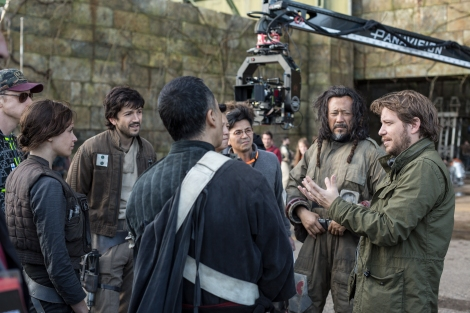 Rogue One A Star Wars Story Official Hi Res HD Images _ Gareth Edwards on set