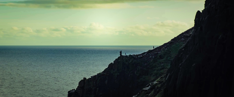 Star Wars _ The Last Jedi Trailer Breakdown - Luke training Rey on Ahch-To