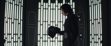 Star Wars: The Last Jedi..Kylo Ren (Adam Driver)..Photo: Lucasfilm Ltd. ..© 2017 Lucasfilm Ltd. All Rights Reserved.