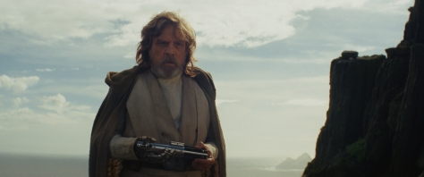 Star Wars: The Last Jedi..Luke Skywalker (Mark Hamill)..Photo: Lucasfilm Ltd. ..© 2017 Lucasfilm Ltd. All Rights Reserved.