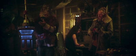 The New Creatures of SOLO _ A Star Wars Story - Denny's Solo Commercial _ 4