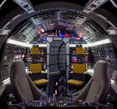 The Shiny Brand NEW Millennium Falcon Cockpit Solo A Star Wars Story