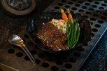 Star Wars Galaxy's Edge - Docking Bay 7 Restaurant Food and Cargo