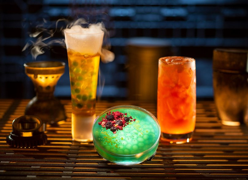 Star Wars Galaxy's Edge - Oga's Cantina Galactic Cocktails Selection 1