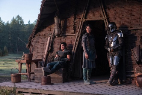 Star Wars - The Mandalorian - Gina Carano as Cara Dune Julia Jones as Omera and Pedro Pascal as the Mandalorian