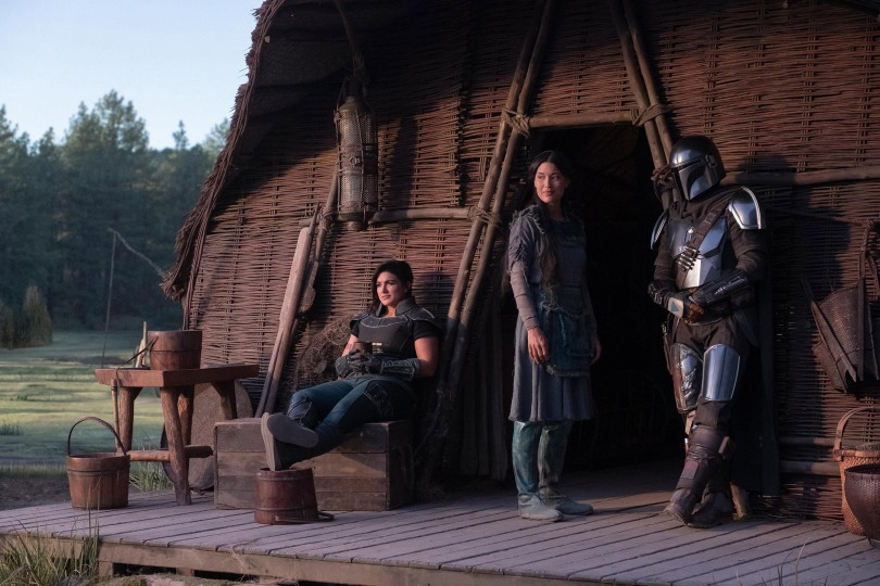 Star Wars - The Mandalorian - Gina Carano as Cara Dune Julia Jones as Omera and Pedro Pascal as the Mandalorian